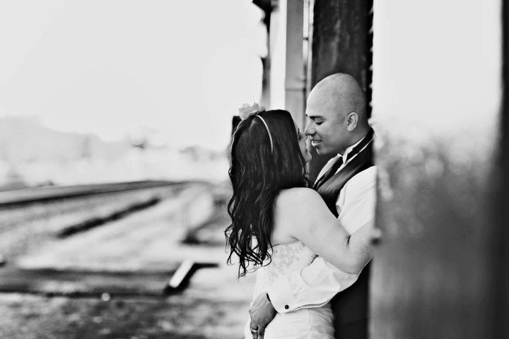 Orlando Wedding Photographer - Graffiti Engagement